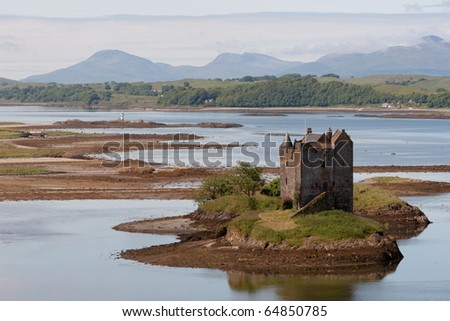 Small medieval castle on small island in loch linnhe argyll in the scottish highlands