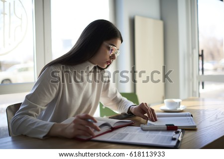 https://www.essay-writer.com/
