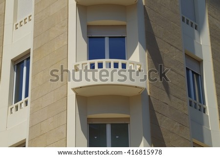 Smooth sandy flat building