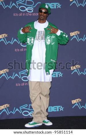 SNOOP DOGG at the 2006 BET Awards in Los Angeles.. June 27, 2006  Los Angeles, CA  2006 Paul Smith / Featureflash - stock photo