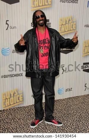 Snoop Dogg at the 2013 Spike TV Guys Choice Awards, Sony Studios, Culver City, CA 06-08-13 - stock photo