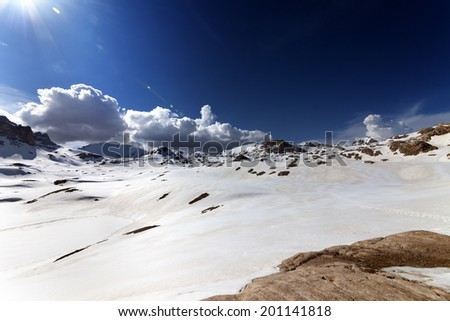 Snow plateau at nice day. Turkey, Central Taurus Mountains, Aladaglar (Anti-Taurus), plateau Edigel (Yedi Goller). Wide angle view. - stock photo