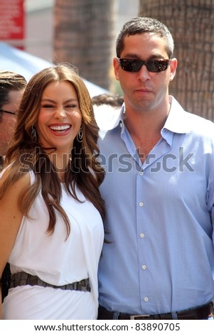 Sofia Vergara and Nick Loeb at the Ed O'Neill Hollywood Walk Of Fame Induction Ceremony, Hollywood, CA. 08-30-11