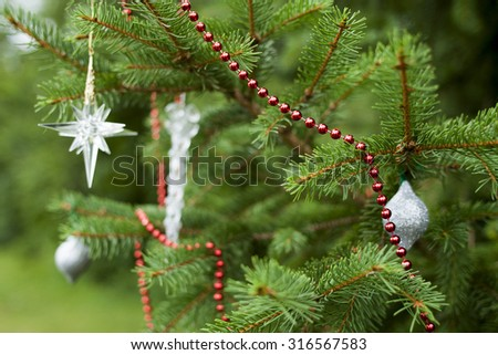 Soft Focus Sparsely Decorated Christmas Tree