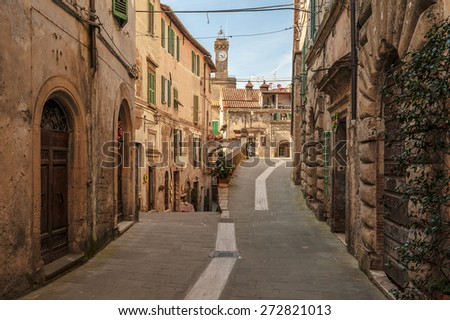 Solar ancient town and the streets of the beautiful Tuscany, Italy