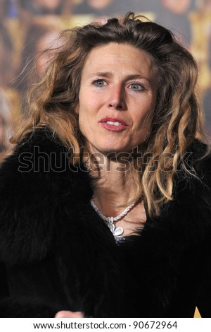 """Sophie B. Hawkins at the world premiere of """"New Year's Eve"""" at Grauman's Chinese Theatre, Hollywood. December 5, 2011  Los Angeles, CA Picture: Paul Smith / Featureflash - stock photo"""