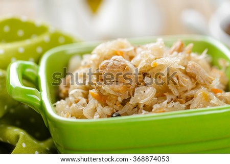 sour cabbage with meat