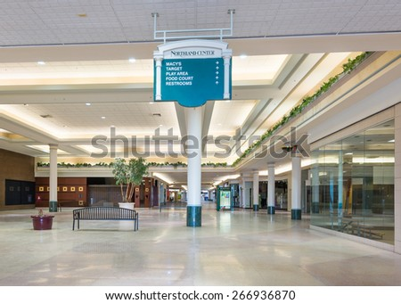 Vienna Austria August People Stock Photo - First shopping center in usa