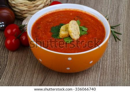 Spanish traditional soup - Gazpacho with croutons and parsley