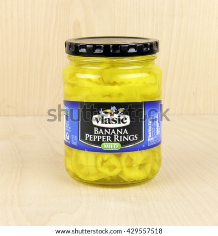 Spencer, Wisconsin, May, 31, 2016  Jar of Vlasic Banana Pepper Rings    Vlasic is an American brand of pickles owned by Pinnacle Foods