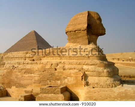 Sphinx and the pyramid of Cheops