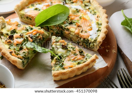 spinach and fish quiche, food close-up