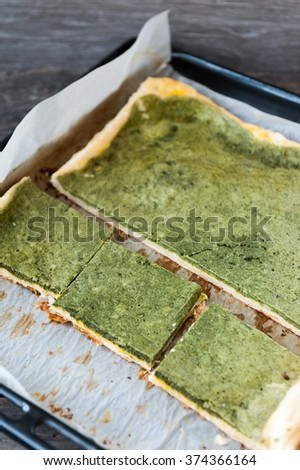 Spinach tart with cheese
