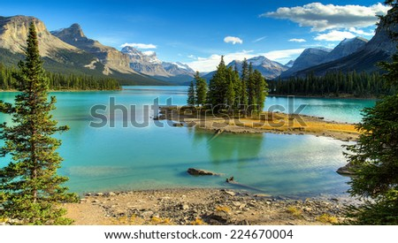 Spirit Island in Maligne Lake in Jasper natioanal park, Alberta, Canada