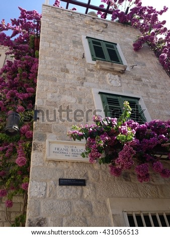 Split, Croatia, nice way to decorate a building that was already beautiful even without the flowers