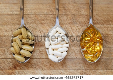 Spoons with healthy supplements