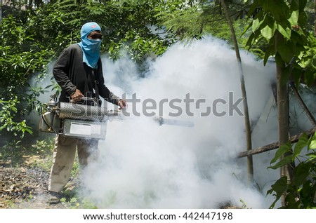 Spray against mosquitoes