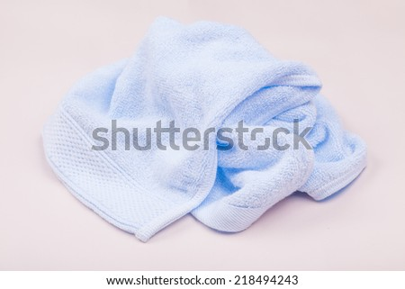 spread towel on table