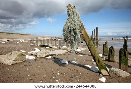 Spurn Point is 1 of the U.K. favourite beauty spots. Situated to the North of the entrance of the River Humber Estuary the narrow sand spit is unique and I personally have never seen anywhere like it