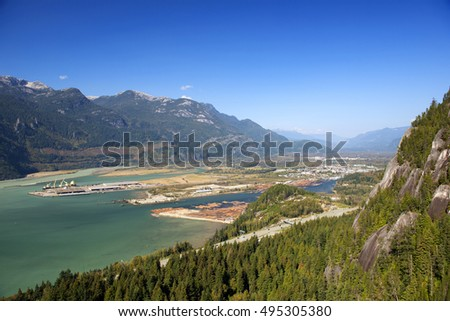 Squamish city, Howe Sound and Squamish River under the Coast Mountains