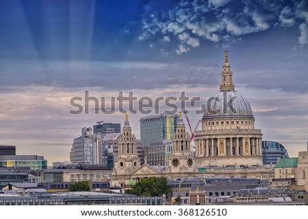 St. Paul Cathedral with beautiful sky.