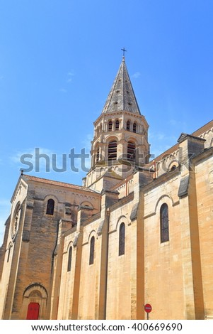 St Paul church in Nimes, Languedoc-Roussillon, France