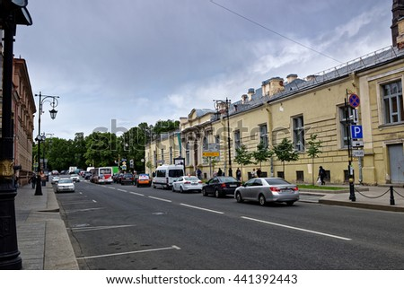 St.Petersburg, Russia - June 10, 2016: Everyday current scene of usual people in unique city.