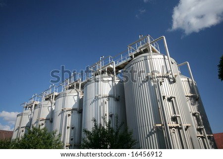 Stainless storage tanks in chemical industry