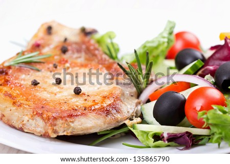 Stake with vegetables