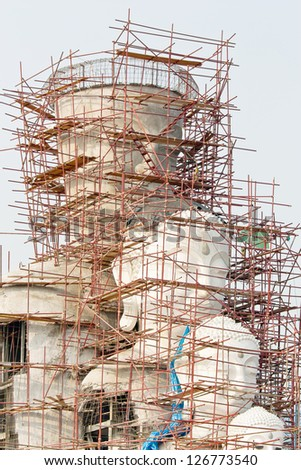 Statue buddhism during construction