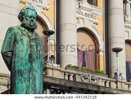 Statue of Henrik Ibsen, one of the greatest playwrights ever, in front of the National Theatre in Oslo, Norway. The statue was made by Stephan Sinding and erected in 1899. Ibsen died in 1906.