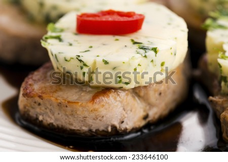steak with herbs butter