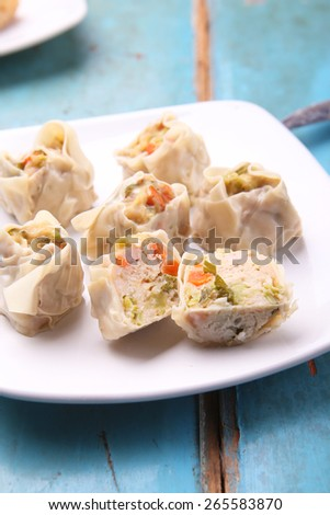 steamed wonton wrappers / dumpling
