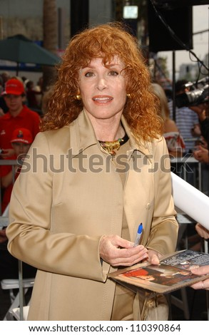 Stefanie Powers  at the ceremony honoring Roger Moore with the 2,350th Star on the Hollywood Walk of Fame. Hollywood Boulevard, Hollywood, CA. 10-11-07