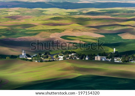 Steptoe Butte State Park. This park is famous for its stark, dramatic beauty and the panoramic view it provides of surrounding farmlands, the Blue Mountains, and other neighboring ranges and peaks. - stock photo
