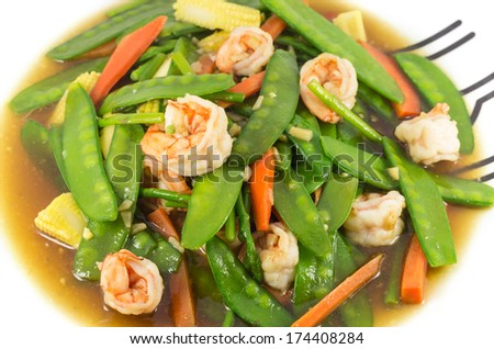 Stir fried mix vegetables with shrimp in plate