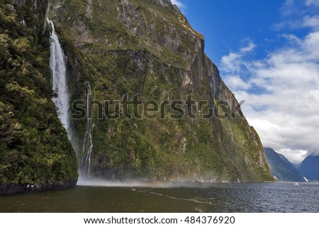 Stirling Falls , Milford Sound, Fiordland, South Island of New Zealand