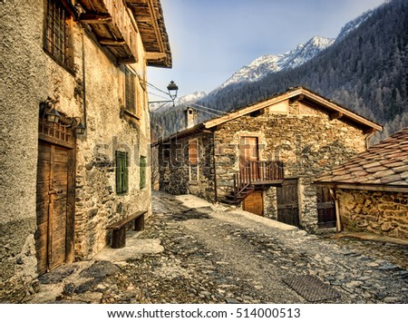 stone houses in Italy Alps
