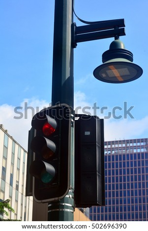 Stop Light With Lamp Post