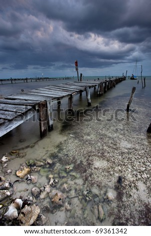 storm on caye caulker