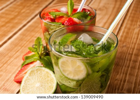 Strawberry and classical mojito