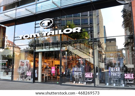 Tom Tailor Stuttgart : tom tailor stock images royalty free images vectors shutterstock ~ Watch28wear.com Haus und Dekorationen