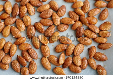 Sugared roasted almonds