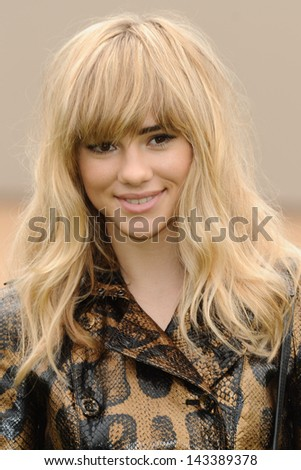 Suki Waterhouse arriving for the Burberry Prorsum Menswear show as part of London Collection Men SS14, Perks Field, Kensington, London. 18/06/2013