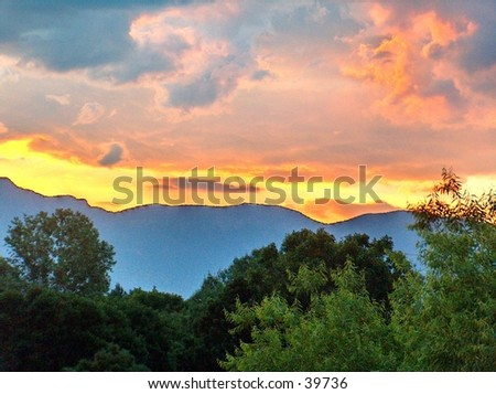 Sandia mountains stock images royalty free images vectors sun rise in sandia mountains new mexico sciox Choice Image