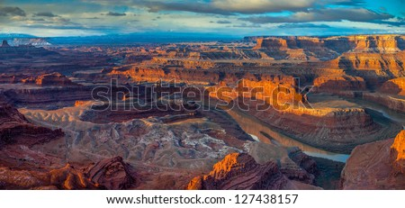 Sunrise from Dead Horse Point, Dead Horse Point State Park, Utah