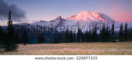 Sunrise Mt Rainier National Park Cascade Volcanic Arc