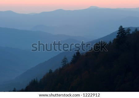 Sunrise over the North Carolina mountains - the Great Smoky Mountains Nat. Park, USA.