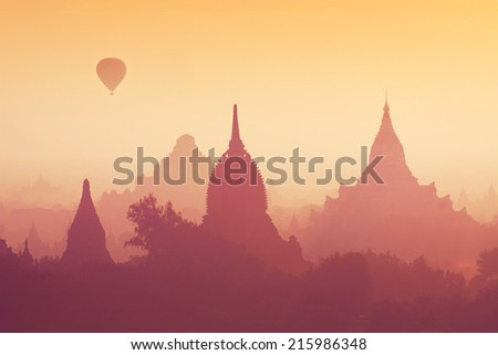 Sunrise over the pagoda field in Bagan, Myanmar