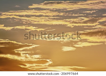 Sunrise / sunset with clouds